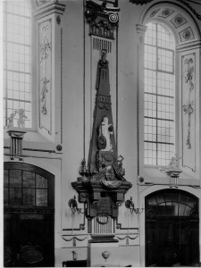 Kirche Epitaph Bischof Heinrich