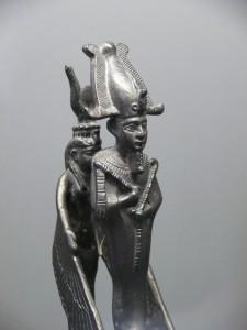 """""""Mutter"""" - Isis schützt Osiris ca. 664-343 v. Chr."""
