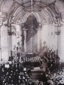 Klassizistische Kirche vor der Zerstörung